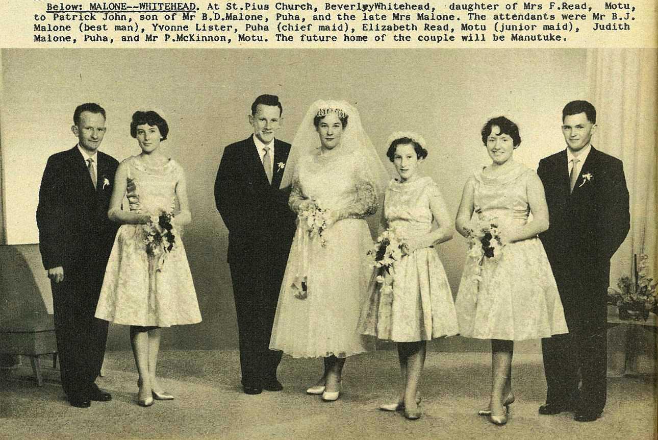 Wedding Bells - Gisborne Photo News - No 74 : August 11, 1960